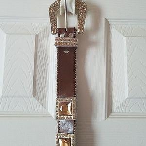 Brown belt with brown stones